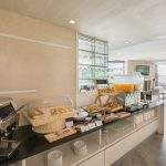 Aster Hotel and Residence : Mind Bistro