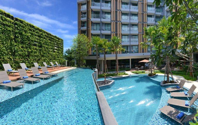 Hotel Amber Pattaya : Swimming Pool